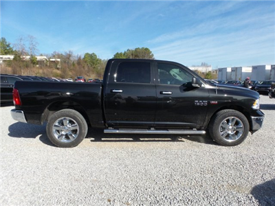 2017 Ram 1500 Crew Cab 4x4 Pickup #20568 - photo 3