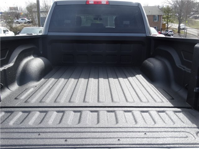 2017 Ram 1500 Crew Cab 4x4 Pickup #20584 - photo 32