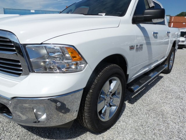 2017 Ram 1500 Crew Cab 4x4 Pickup #21038 - photo 10