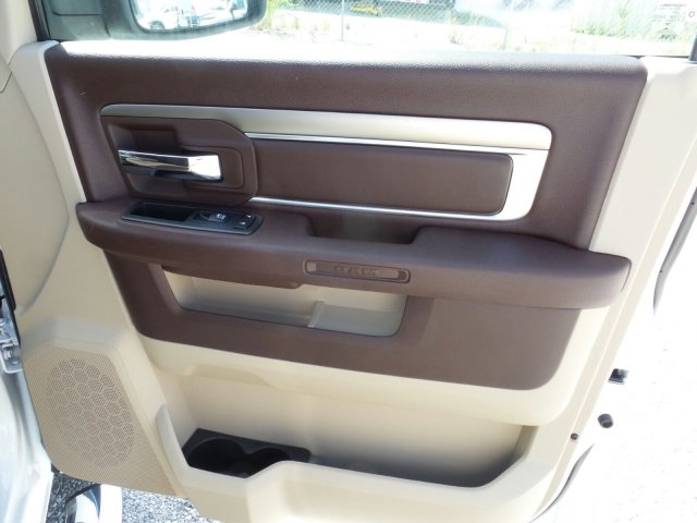 2017 Ram 1500 Crew Cab 4x4 Pickup #21038 - photo 29