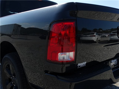 2017 Ram 1500 Crew Cab Pickup #21316 - photo 28