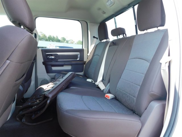2018 Ram 1500 Crew Cab Pickup #30197 - photo 26