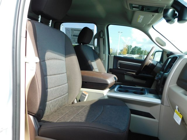 2018 Ram 1500 Crew Cab Pickup #30197 - photo 39