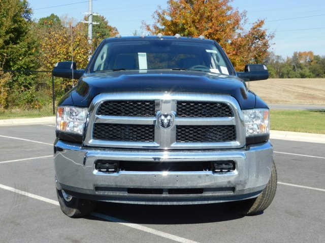 2018 Ram 3500 Crew Cab DRW 4x4, Pickup #30497 - photo 5