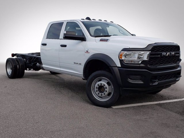 2020 Ram 5500 Crew Cab DRW 4x4, Cab Chassis #CL14939 - photo 4