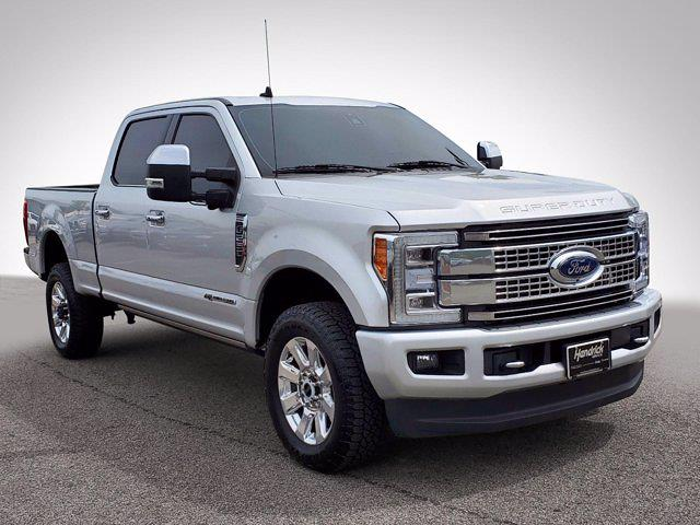 2019 Ford F-250 Crew Cab 4x4, Pickup #CM14972A - photo 4