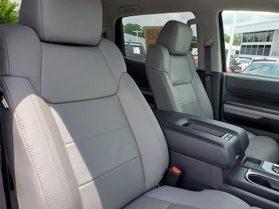 2020 Toyota Tundra Crew Cab 4x4, Pickup #CM14972B - photo 32