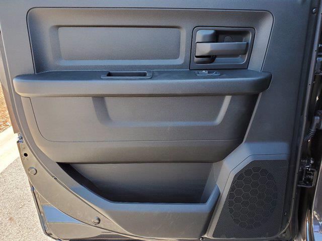 2021 Ram 3500 Crew Cab DRW 4x4, Cab Chassis #CM78237 - photo 25
