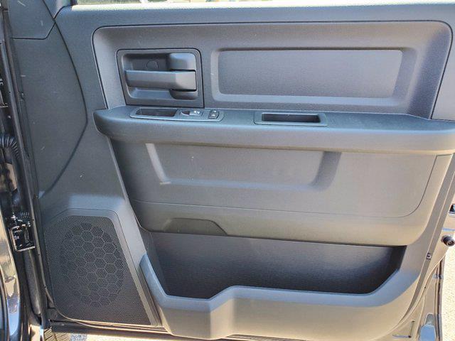 2021 Ram 3500 Crew Cab DRW 4x4, Cab Chassis #CM78237 - photo 30