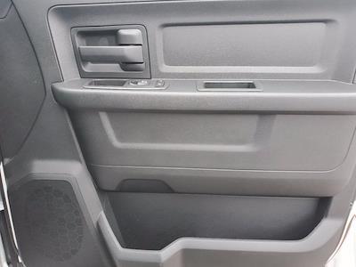 2021 Ram 3500 Crew Cab DRW 4x4, Cab Chassis #DM04220 - photo 31