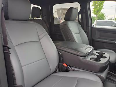 2021 Ram 3500 Crew Cab DRW 4x4, Cab Chassis #DM04220 - photo 32