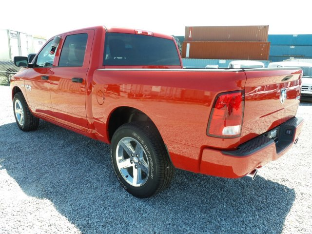 2017 Ram 1500 Crew Cab 4x4 Pickup #L20820 - photo 6