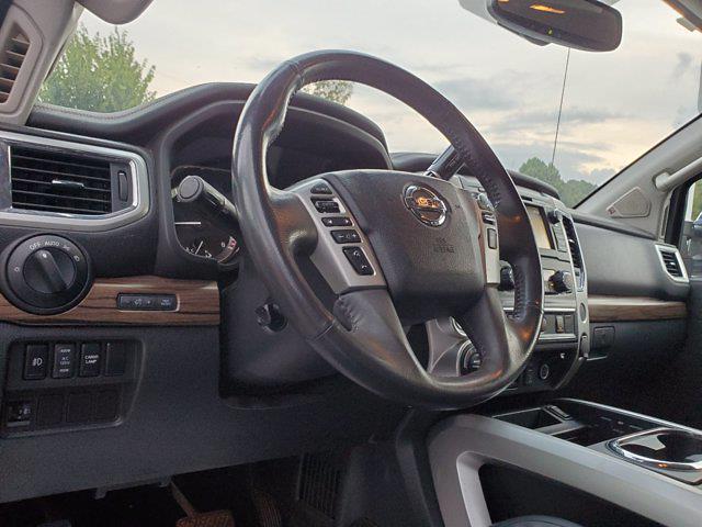 2017 Titan Crew Cab 4x4,  Pickup #M06914A - photo 17