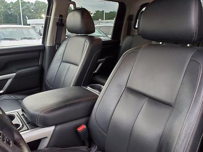 2017 Titan Crew Cab 4x4,  Pickup #M06914A - photo 16
