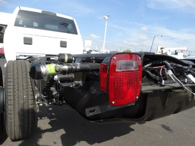 2017 Ram 3500 Regular Cab DRW, Cab Chassis #M20139 - photo 24