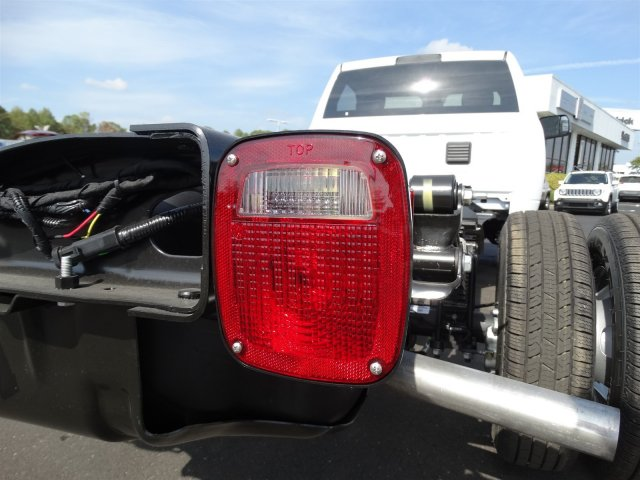 2017 Ram 3500 Regular Cab DRW, Cab Chassis #M20139 - photo 26