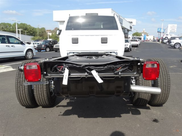 2017 Ram 3500 Regular Cab DRW, Cab Chassis #M20139 - photo 4