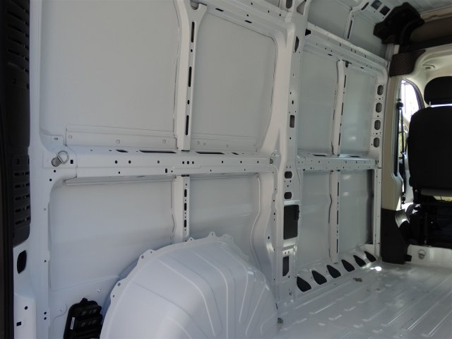 2017 ProMaster 2500 High Roof, Cargo Van #M20635 - photo 31
