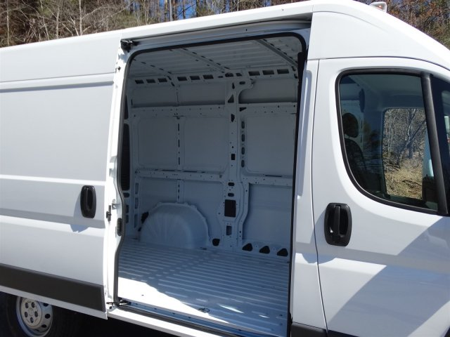 2017 ProMaster 2500 High Roof, Cargo Van #M20635 - photo 32