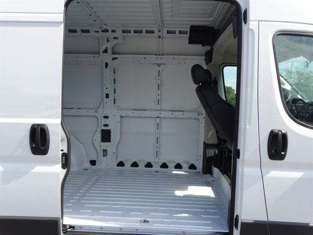 2017 ProMaster 2500 High Roof, Cargo Van #M21114 - photo 32
