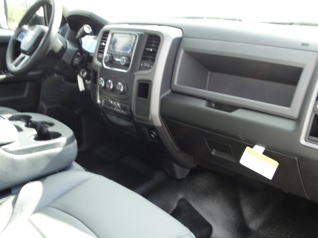 2017 Ram 3500 Crew Cab DRW, Platform Body #M21361 - photo 37