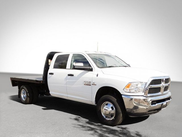 2017 Ram 3500 Crew Cab DRW, Platform Body #M21361 - photo 40