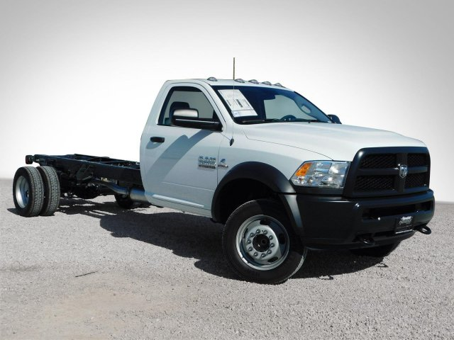 2018 Ram 5500 Regular Cab DRW, Cab Chassis #M30125 - photo 30