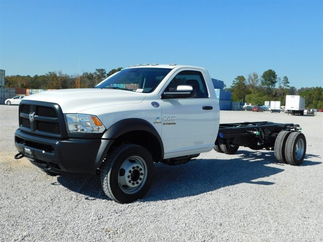 2018 Ram 5500 Regular Cab DRW, Cab Chassis #M30125 - photo 8