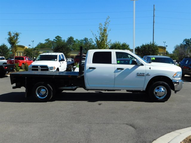 2018 Ram 3500 Crew Cab DRW, Platform Body #M30148 - photo 3