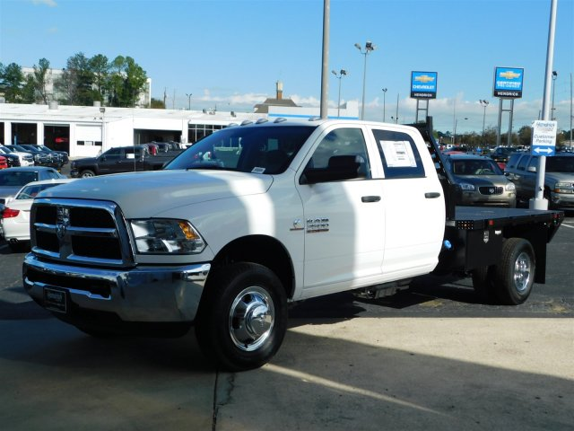 2018 Ram 3500 Crew Cab DRW 4x4,  Commercial Truck & Van Equipment Platform Body #M30233 - photo 8