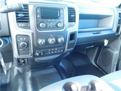 2018 Ram 3500 Crew Cab DRW 4x4,  Commercial Truck & Van Equipment CTVE Goosenecks Platform Body #M30233 - photo 17
