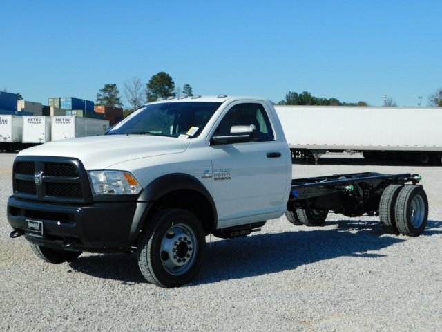 2018 Ram 5500 Regular Cab DRW, Cab Chassis #M30463 - photo 8