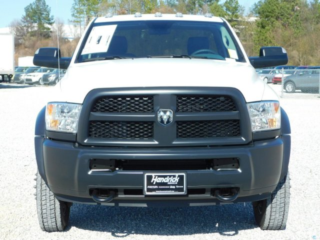 2018 Ram 5500 Regular Cab DRW, Cab Chassis #M30463 - photo 3