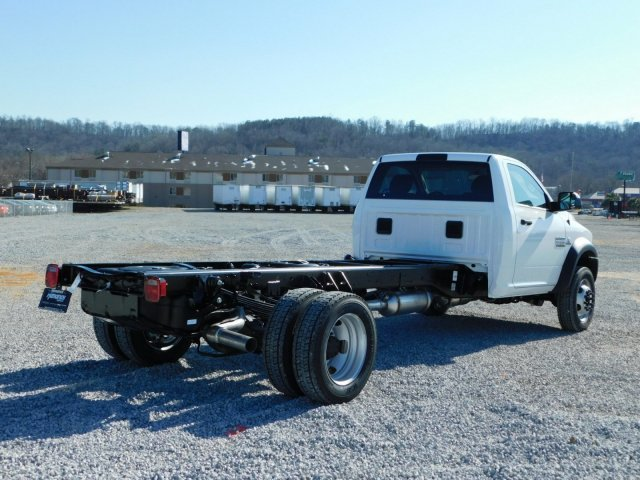 2018 Ram 5500 Regular Cab DRW, Cab Chassis #M30463 - photo 2