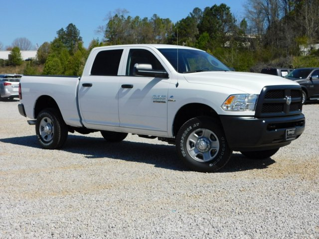 2018 Ram 3500 Crew Cab 4x4, Pickup #M30570 - photo 3