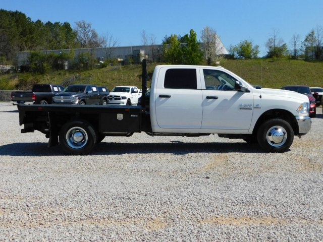 2018 Ram 3500 Crew Cab DRW 4x2,  Commercial Truck & Van Equipment Platform Body #M30581 - photo 4