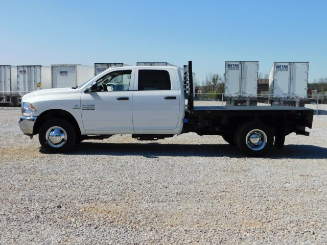 2018 Ram 3500 Crew Cab DRW 4x2,  Commercial Truck & Van Equipment Platform Body #M30581 - photo 7