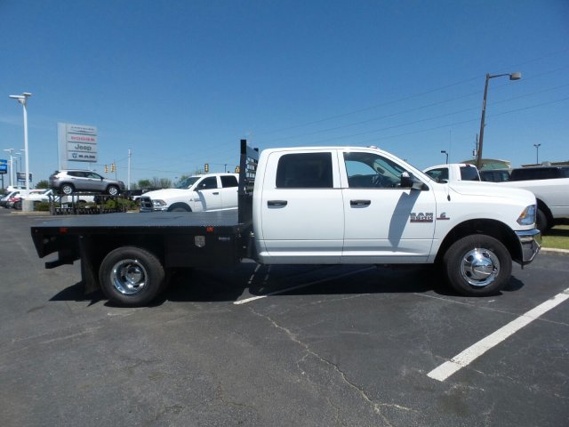 2018 Ram 3500 Crew Cab DRW, Platform Body #M30582 - photo 3