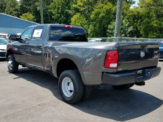 2018 Ram 3500 Crew Cab DRW 4x4,  Pickup #M30983 - photo 5
