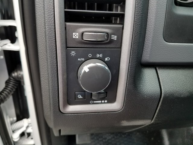 2018 Ram 2500 Crew Cab 4x2,  Service Body #M31106 - photo 16