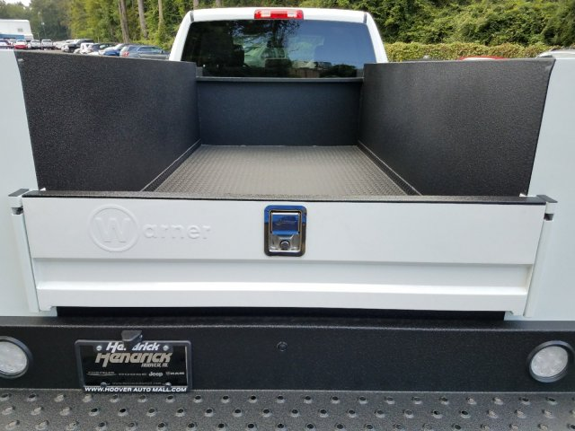 2018 Ram 2500 Crew Cab 4x2,  Service Body #M31106 - photo 32