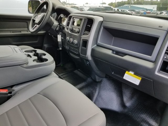 2018 Ram 2500 Crew Cab 4x2,  Service Body #M31106 - photo 40