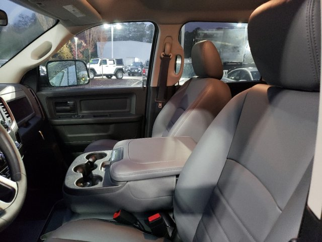 2018 Ram 3500 Crew Cab DRW 4x2,  Commercial Truck & Van Equipment Platform Body #M31436 - photo 13