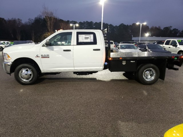 2018 Ram 3500 Crew Cab DRW 4x2,  Commercial Truck & Van Equipment Platform Body #M31436 - photo 5