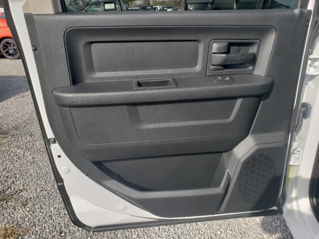 2018 Ram 3500 Crew Cab DRW 4x2,  Warner Select Pro Service Body #M31461 - photo 24