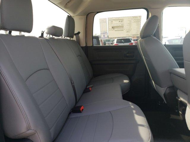 2018 Ram 3500 Crew Cab DRW 4x2,  Warner Select Pro Service Body #M31461 - photo 31