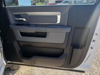 2018 Ram 4500 Regular Cab DRW 4x4,  Commercial Truck & Van Equipment Gooseneck Platform Body #M31484 - photo 27