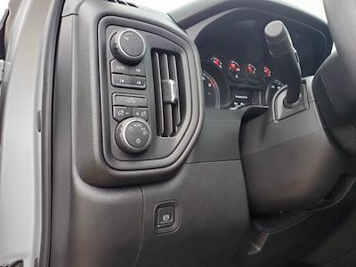 2019 Chevrolet Silverado 1500 Double Cab 4x4, Pickup #M36840A - photo 11