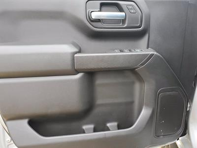 2019 Chevrolet Silverado 1500 Double Cab 4x4, Pickup #M36840A - photo 9