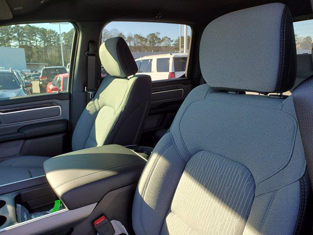 2021 Ram 1500 Crew Cab 4x4, Pickup #M41309 - photo 13